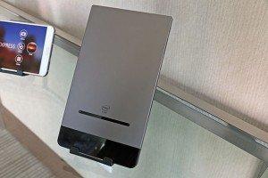 small_Dell_Venue8-7000_back