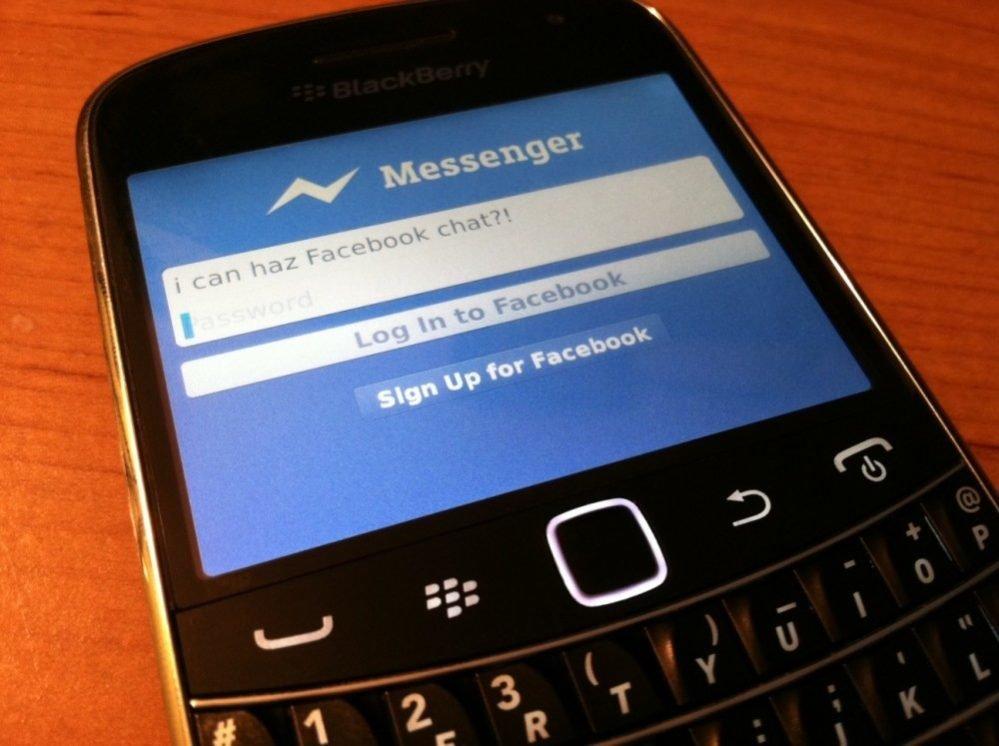Τέλος το Facebook από τα smartphones με BlackBerry 10 και BBOS