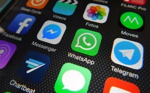 Βρέθηκε τρύπα στο σύστημα ασφαλείας χρηστών των WhatsApp και Telegram