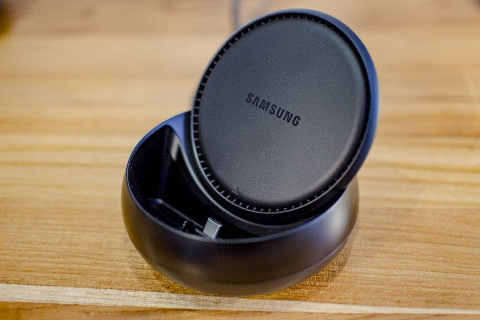 Samsung Galaxy S8 : Μπορεί να «μεταμορφωθεί» σε υπολογιστή με το DeX dock 1