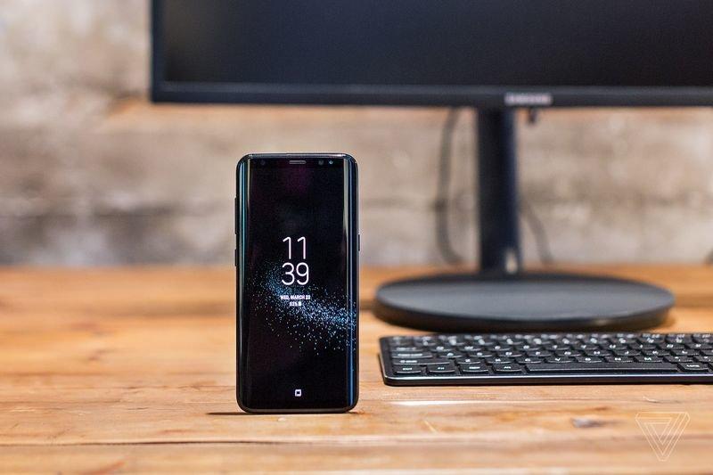 Samsung Galaxy S8 : Μπορεί να «μεταμορφωθεί» σε υπολογιστή με το DeX dock 3