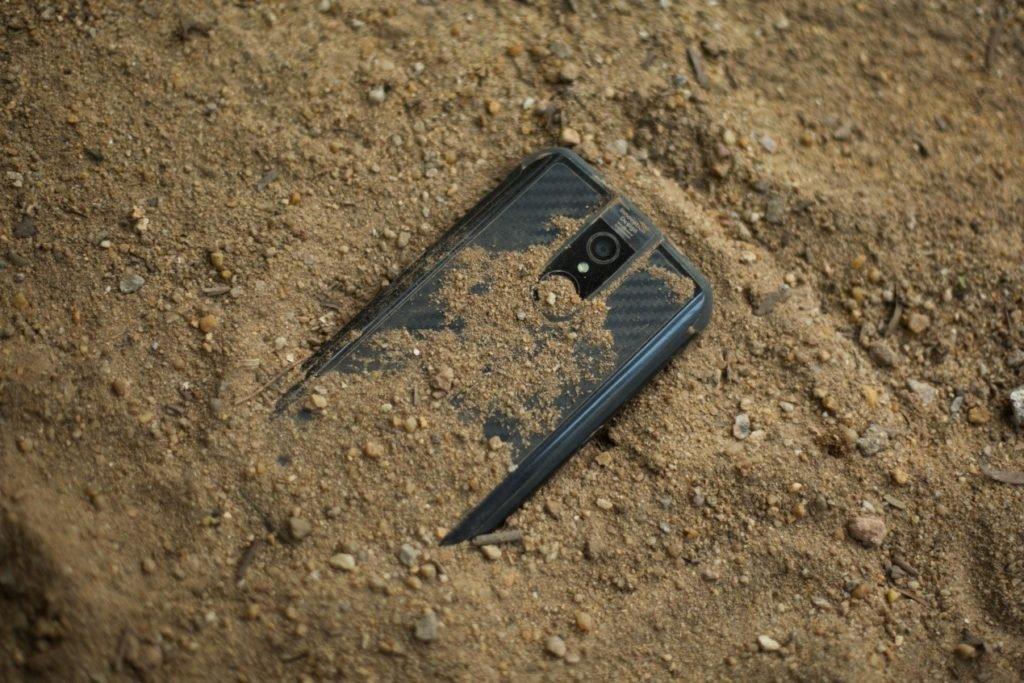 Ίσως το ομορφότερο ανθεκτικό smartphone είναι το νέο Vernee Active με 3D καμπυλωτή σχεδίαση 1