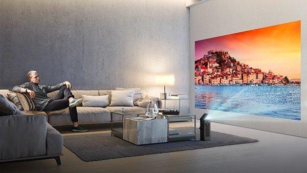 Η LG παρουσιάζει τον πρώτο βιντεοπροβολέα 4K UHD ενόψει της CES 2018 [ΔΤ] 1