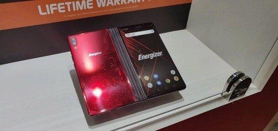 [MWC 2019]: Αντι-πρόταση από την Energizer στην κατηγορία των αναδιπλούμενων συσκευών 3