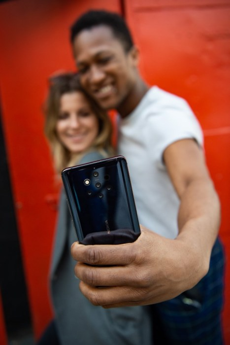 Nokia 9 PureView: Διαθέσιμο στην Ελληνική αγορά με 699€ και 3 δώρα! [ΔΤ] 2