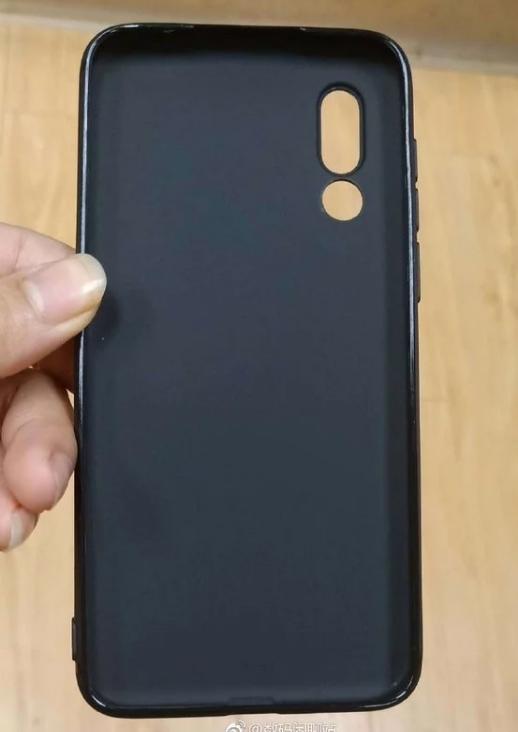 Meizu 16s: Επιπρόσθετο φωτογραφικό υλικό της συσκευής σε λευκό χρώμα 2