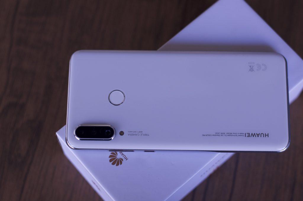 Huawei P30 lite review - παρουσίαση   η Huawei κυριαρχεί και στα mid-range 2