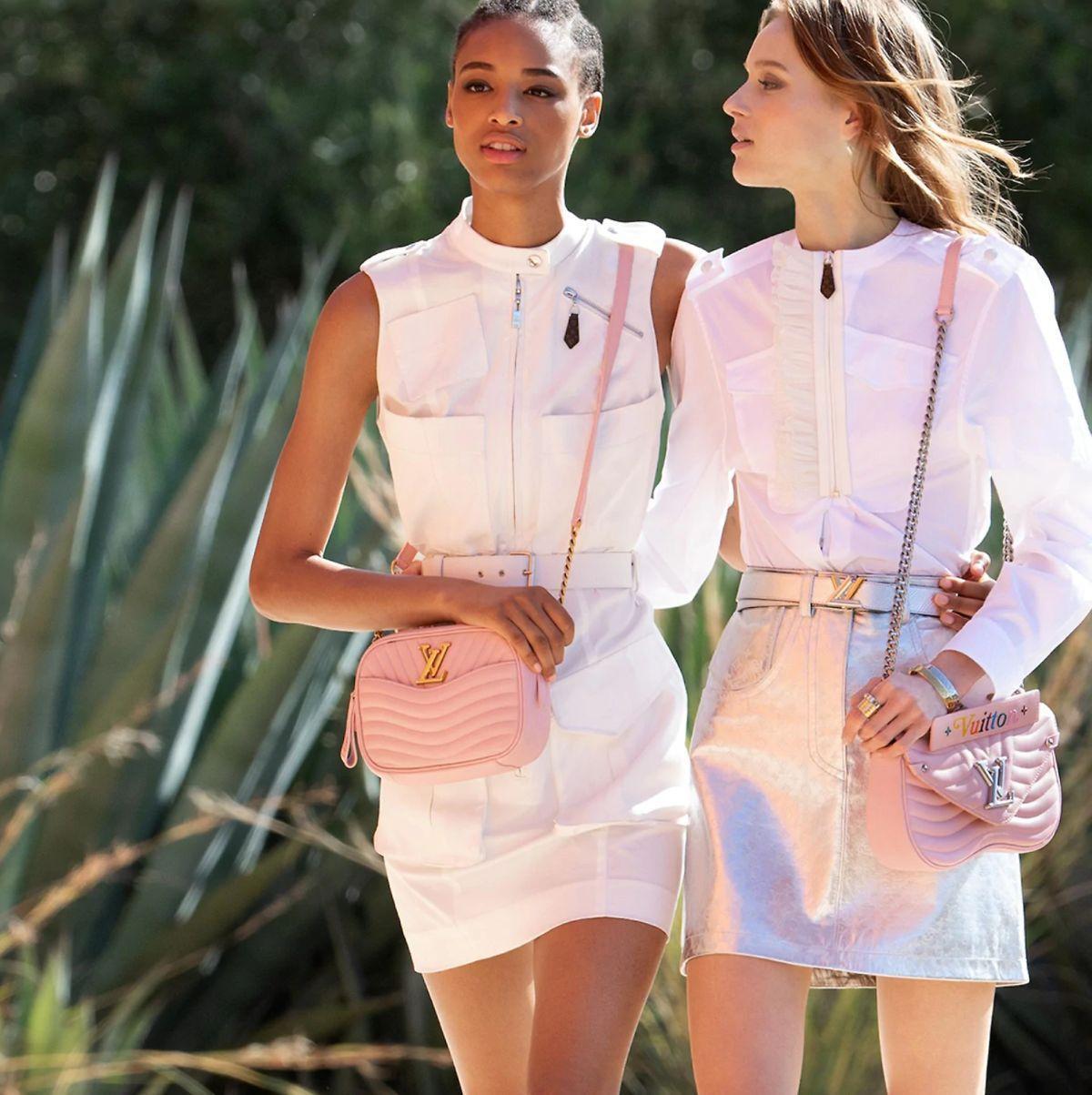 fe3150fe54 Η Louis Vuitton τοποθετεί ευέλικτες οθόνες στις τσάντες της ...