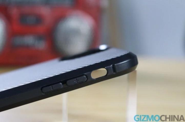 Live φωτογραφίες από θήκες των iPhone XI, iPhone XIR και iPhone XI Max 2