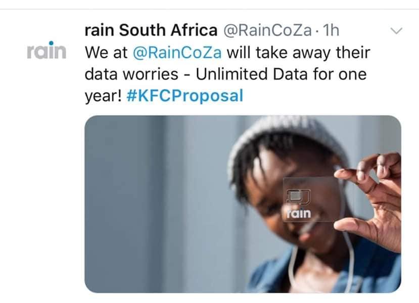 Πως οι Huawei, Sony, Puma, KFC κ.α. έκαναν τα πιο viral δώρα της χρονιάς στο KFCProposal 9