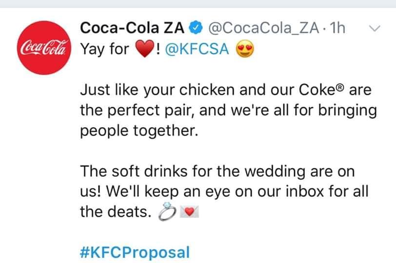 Πως οι Huawei, Sony, Puma, KFC κ.α. έκαναν τα πιο viral δώρα της χρονιάς στο KFCProposal 5