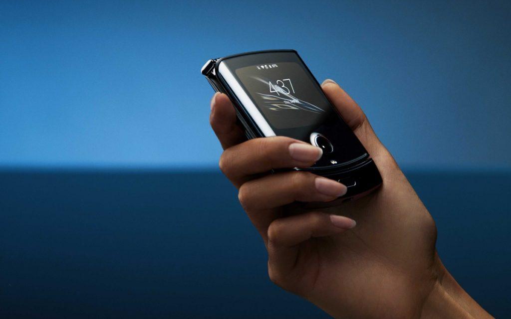 Το νέο Razr της Motorola είναι εδώ με πτυσσόμενη οθόνη 6.2 ιντσών 1