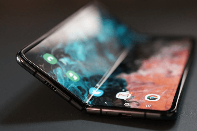 Μια νέα οθόνη τεχνολογίας UTG θα χρησιμοποιηθεί στο Samsung Galaxy Fold 2 1