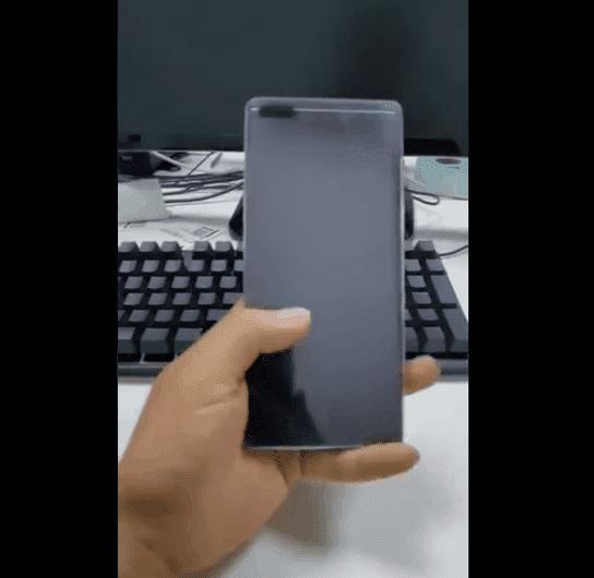 Αυτό είναι ένα νέο screen protector για το Huawei Mate 40 Pro 1