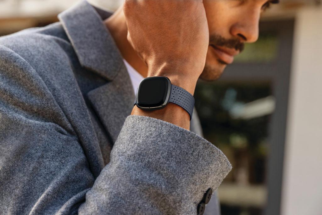Το νέο ρολόι Fitbit Sense των 329 $ παρακολουθεί την απόκριση στο άγχος σας και την υγεία της καρδιάς σας 3