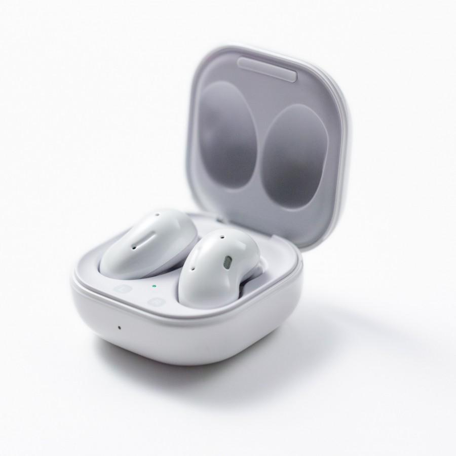 Τα ακουστικά Samsung Galaxy Buds Live TWS έχουν ασυνήθιστη εμφάνιση και ενεργή ακύρωση θορύβου 3