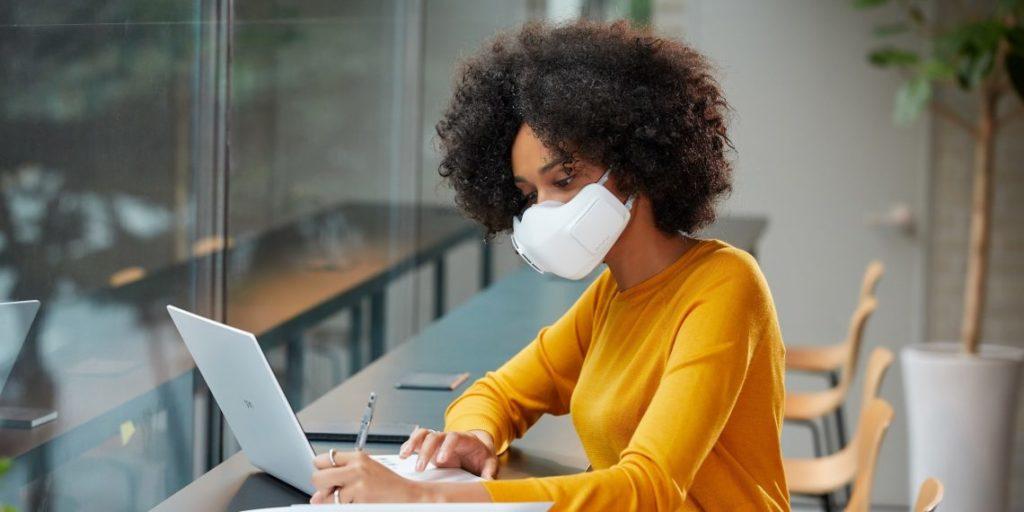 Η LG ανακοινώνει τη διαθεσιμότητα της μάσκας LG AIR PURIFIER PURICARE παγκοσμίως 2